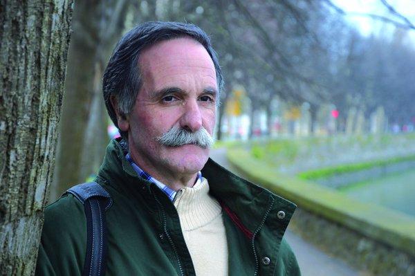 """""""Escuchando las emociones de los-las niños-as"""" es el título de la charla que concederá el pedagogo y psicomotricista Alvaro Beñarán el jueves, 31 de enero."""